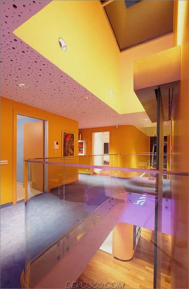 ultramodernes-haus-mit-lebendiger-beleuchtung-design-fokus-17-obergeschoss.jpg