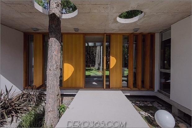 Um Bäume gebaute Häuser: 13 kreative Beispiele_5c58f6a8c32fe.jpg