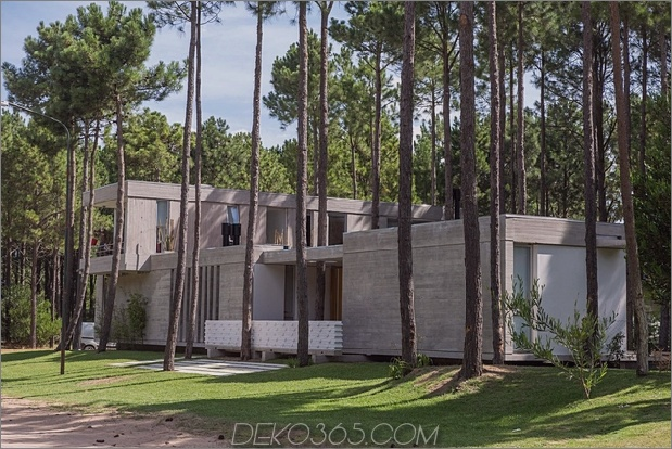 Um Bäume gebaute Häuser: 13 kreative Beispiele_5c58f6a94d240.jpg