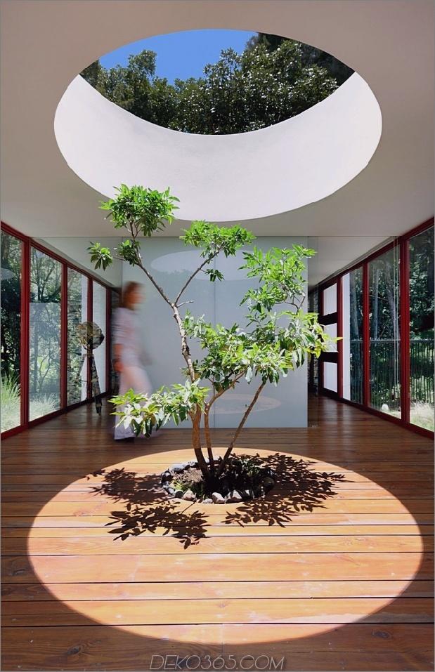 Um Bäume gebaute Häuser: 13 kreative Beispiele_5c58f6aad2204.jpg