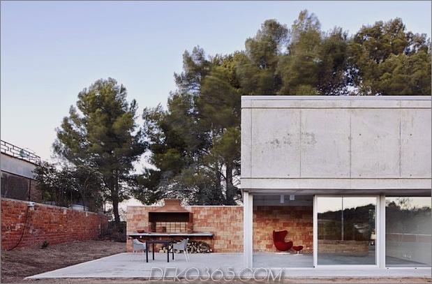 zufälliges Zuhause entspringt aus Barcelona-Grill 2 linke Seitenansicht thumb 630x414 18835 Unbeabsichtigtes minimales Ausgangsfedern von Barcelona Barbecue