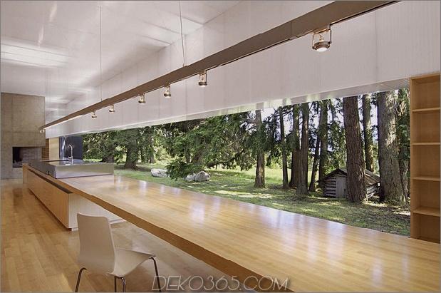 Ungewöhnliches-lineares Haus-mit-offen-breezeway-und-leuchtende Decke-7.jpg