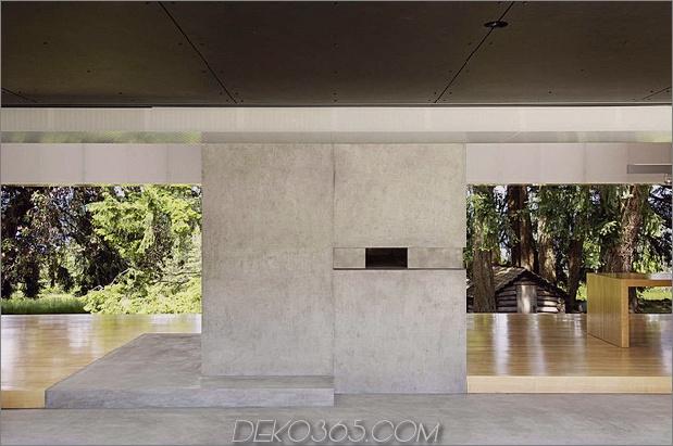 Ungewöhnliches lineares Haus mit offener Breezeway-und-Lichtdecke-9.jpg