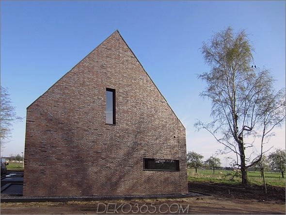 Ungewöhnliches, von der Scheune inspiriertes Haus von den niederländischen Spots Architektur 1 Ungewöhnliches, von der Scheune inspiriertes Haus von Netherlands SPOT Architecture