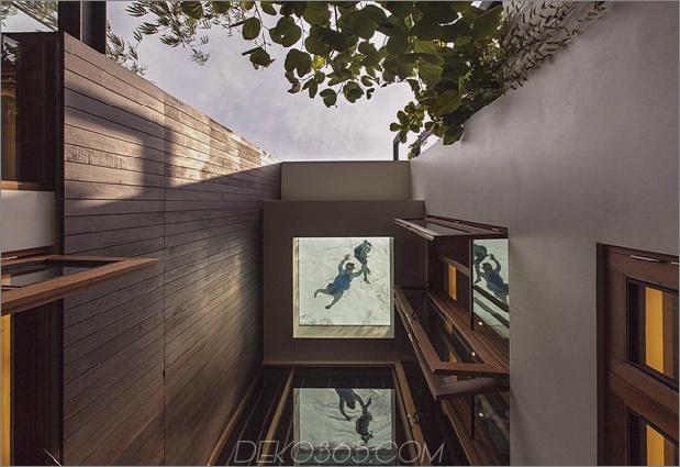 üppige Gärten-Peekaboo-Dach-Pool-definieren-zeitgenössisch-home-10-Pool-Fenster.jpg