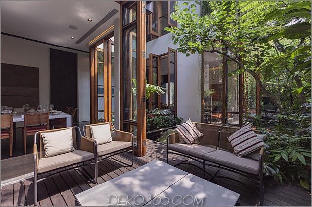 üppige Gärten-Peekaboo-Dach-Pool definieren zeitgenössische-home-24-outdoor-lounge.jpg