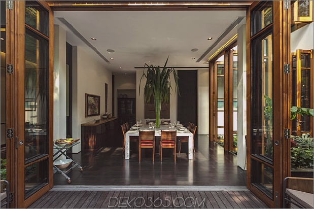 üppige Gärten-Peekaboo-Dach-Pool definieren zeitgenössische-home-28a-dining.jpg