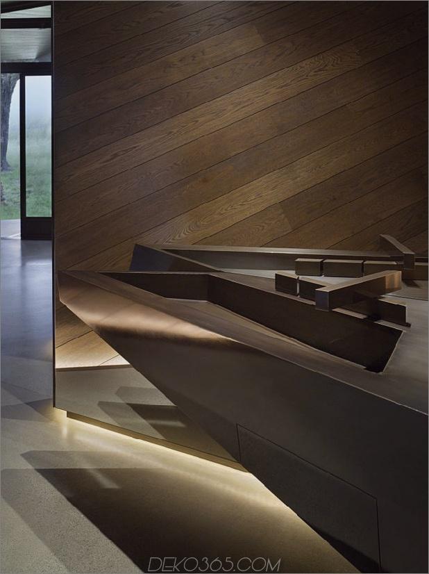 verdreht-reflektierendes Haus-mit abgewinkelten Wänden-und-Decken-10.jpg