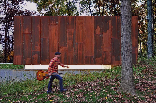 Rustikales Country-Musikstudio aus Glas und verrostetem Stahl 1 thumb 630x418 11370 Rusted Steel Studio Design