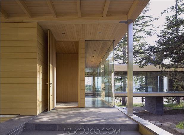 weiträumige-facettenreiche-kanadische-home-features-glass-all-side-5-entrance.jpg