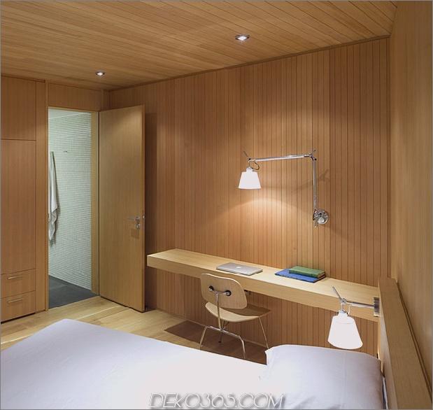 weitläufige, vielseitige, kanadische-home-features-glass-allsides-15-bedroom-desk.jpg