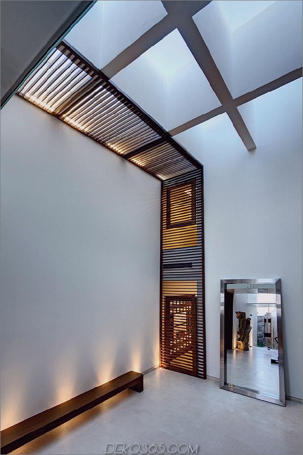 vielfältig-luxus-touches-in-complex-open-house-design-12-bench-lighting.jpg