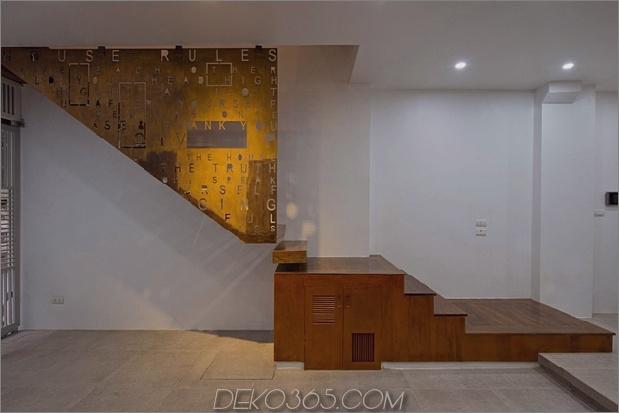 Dreireihiges Haus im vierten Stock-Baum-Erstaunliches-Treppenhaus.jpg