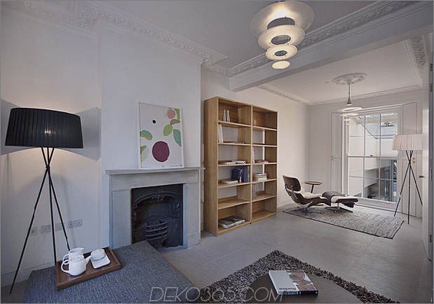 victorian-home-in-london-gets-kurvaceous-bodacious-extension-10.jpg