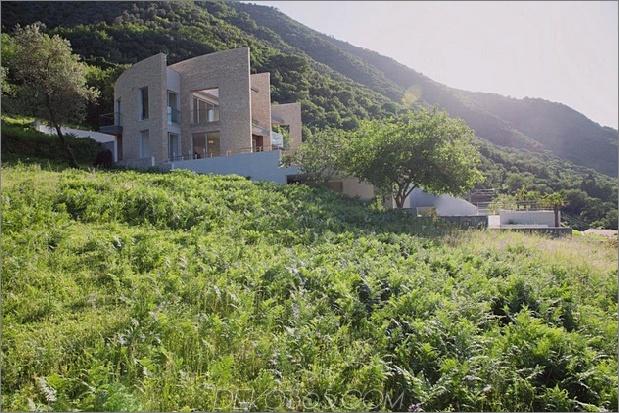 Villa mit geschwungenen Steinmauern an der Adria 2 thumb 630x420 29368 Villa mit geschwungenen Steinmauern an der Adria