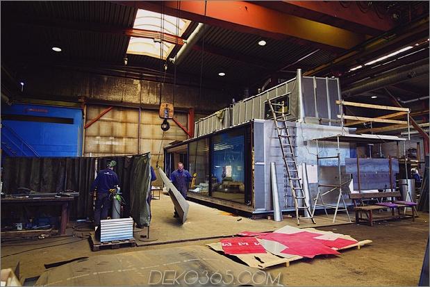 Vipp-Shelter-Metall-Fertighaus-Schiffe-dekoriert-19-Gebäude-1.jpg