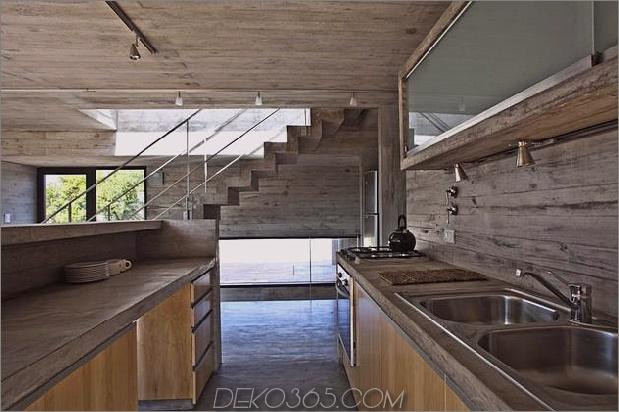 wartungsarmes Beton-Strandhaus-10-kitchen.jpg