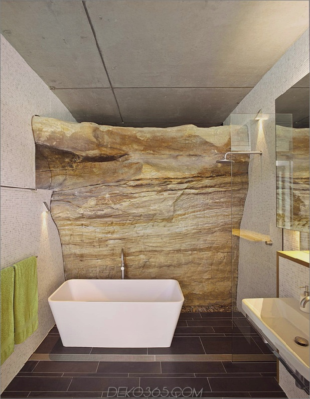 Decke-Welle-oben-Boulder-Wand-unten-14-Badezimmer.jpg