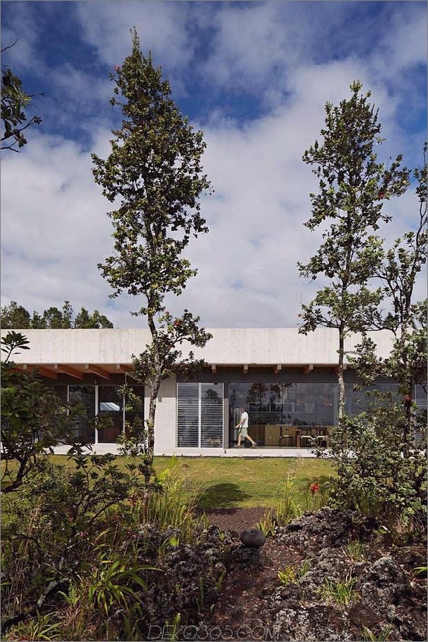 cool-beton-haus-mit-glas-wänden-fängt-outdoor-living-10.jpg