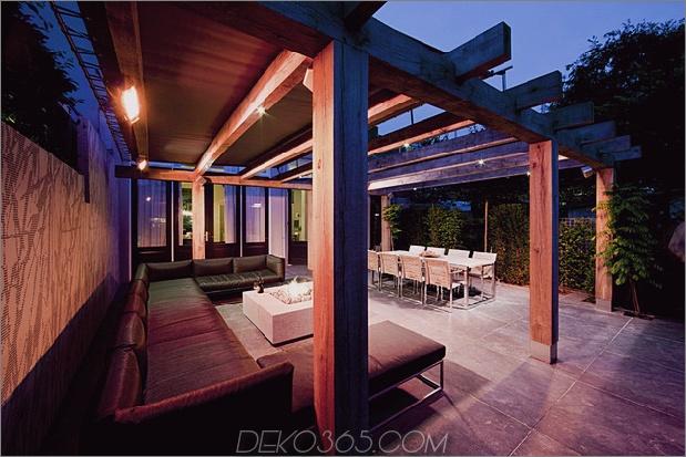 niederlande-wellness-center-luxuriös-innen-außen-spa-auswahl-9-terrasse-nacht.jpg
