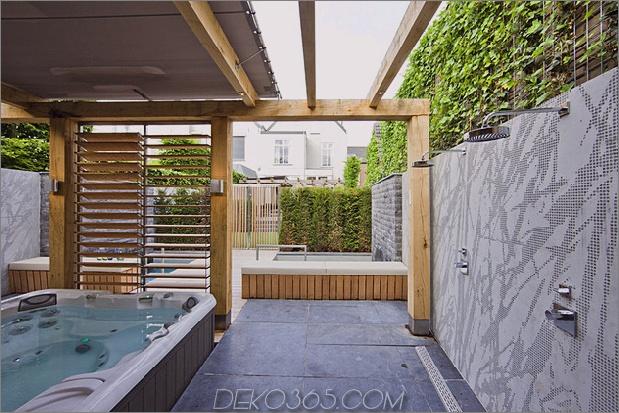 niederlande-wellness-center-luxuriös-indoor-outdoor-spa-auswahl-11-hot-tub-showers.jpg