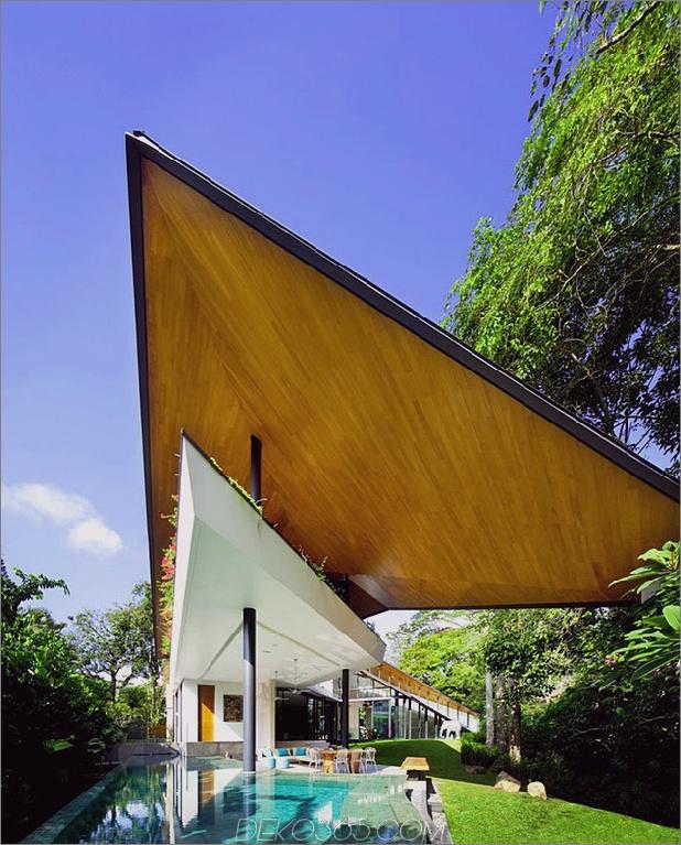 Pavillonhaus mit Doppeldächern und Außenräumen 1 thumb 630x781 13576 Winged Roof House mit Außenräumen