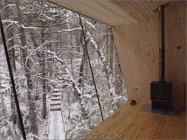 Winterhütte-Zugang-erhöhte-Gehweg-12-Treppe-Ansicht.jpg