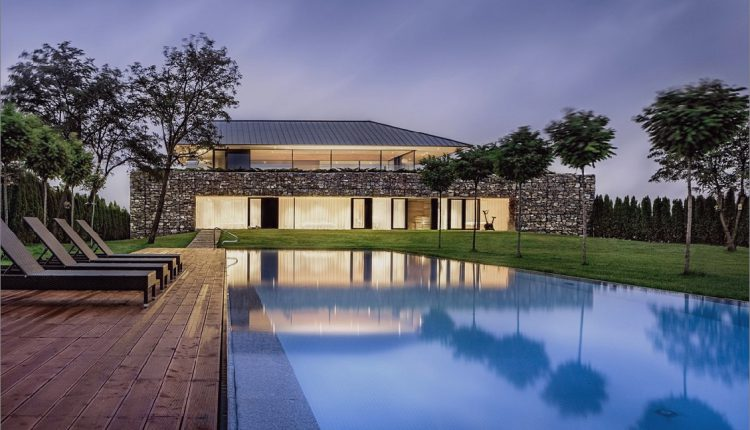 Wow: Ein Haus mit Dry Rock Surround schafft private Wiese im Obergeschoss_5c58f9de8191e.jpg