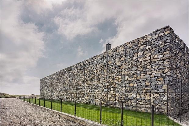 Wow: Ein Haus mit Dry Rock Surround schafft private Wiese im Obergeschoss_5c58f9e02693a.jpg