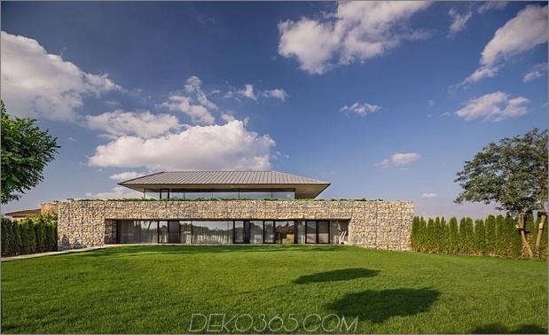 Wow: Ein Haus mit Dry Rock Surround schafft private Wiese im Obergeschoss_5c58f9e4ada97.jpg