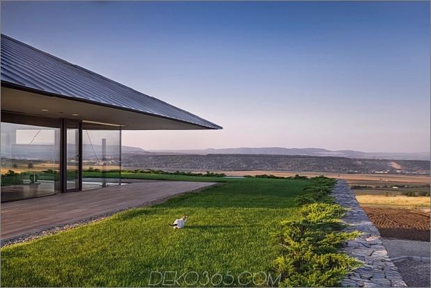 Wow: Ein Haus mit Dry Rock Surround schafft private Wiese im Obergeschoss_5c58f9e58f5b7.jpg