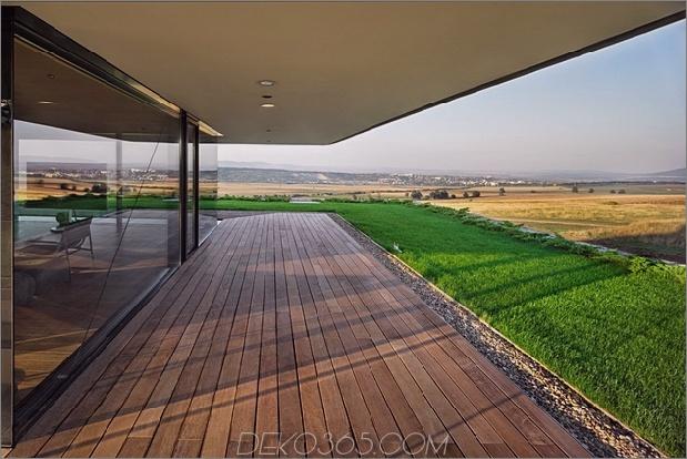 Wow: Ein Haus mit Dry Rock Surround schafft private Wiese im Obergeschoss_5c58f9e5f0043.jpg