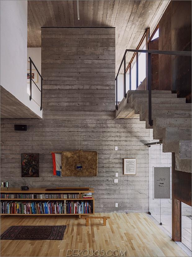 Hinterhof-Büro-Dach-Deck-Arbeit-Spiel-22-Treppen.jpg