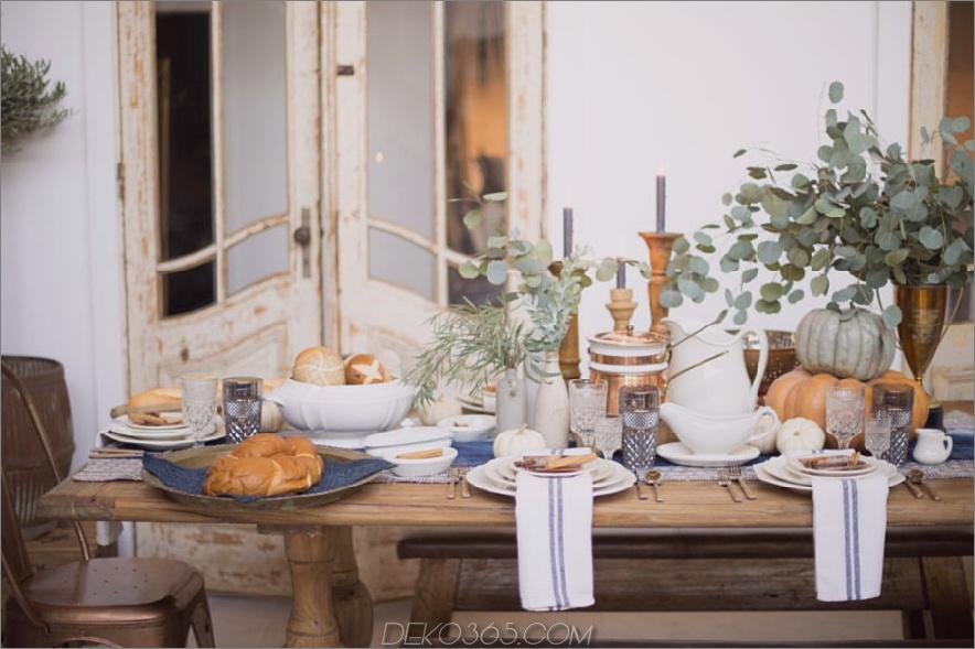 Rustikaler moderner natürlicher Herbsttischdekor
