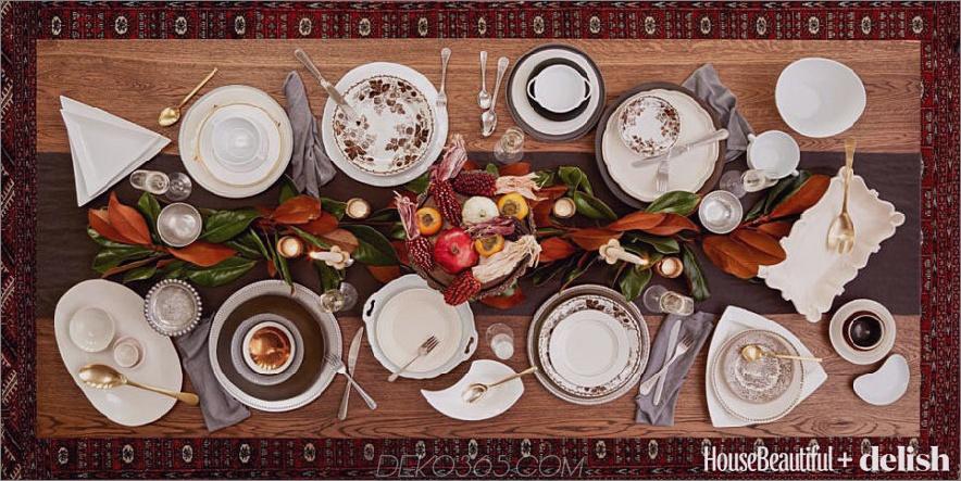 Bunter Esstisch mit grünen und roten Akzenten