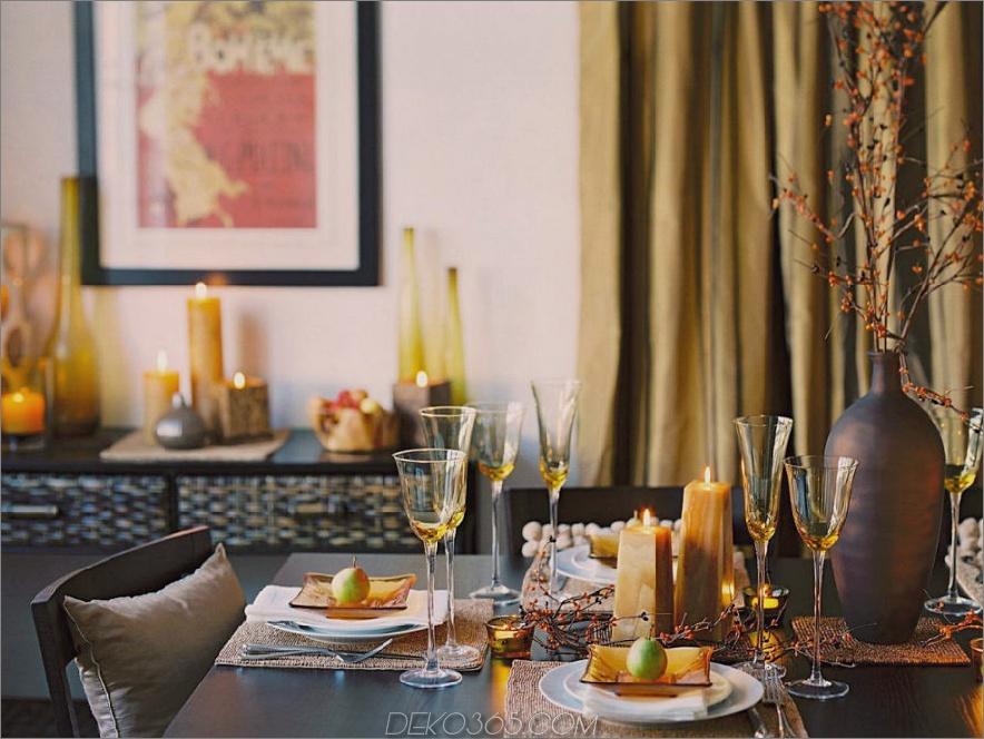 Zeitgenössischer moderner Herbsttisch