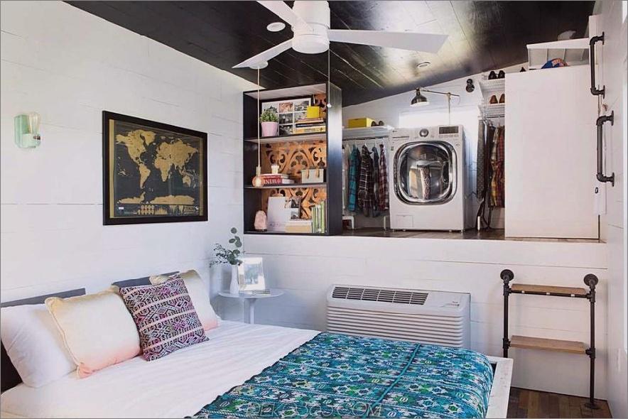Marfa winziges Haus Schlafzimmer, Schrank und Wäscherei