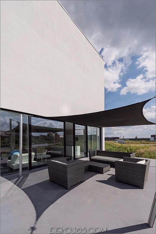 Würfelhaus-10x10x10-Terrasse 1.jpg