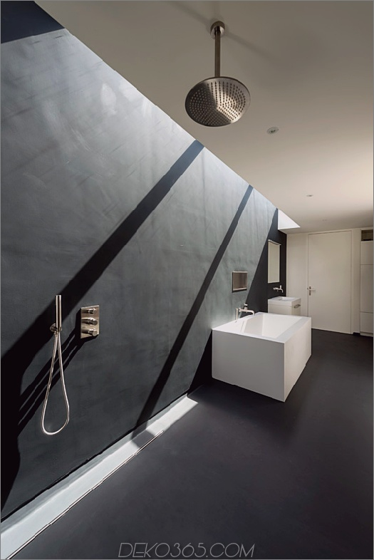 Würfelhaus-10x10x10-Badezimmer-1.jpg