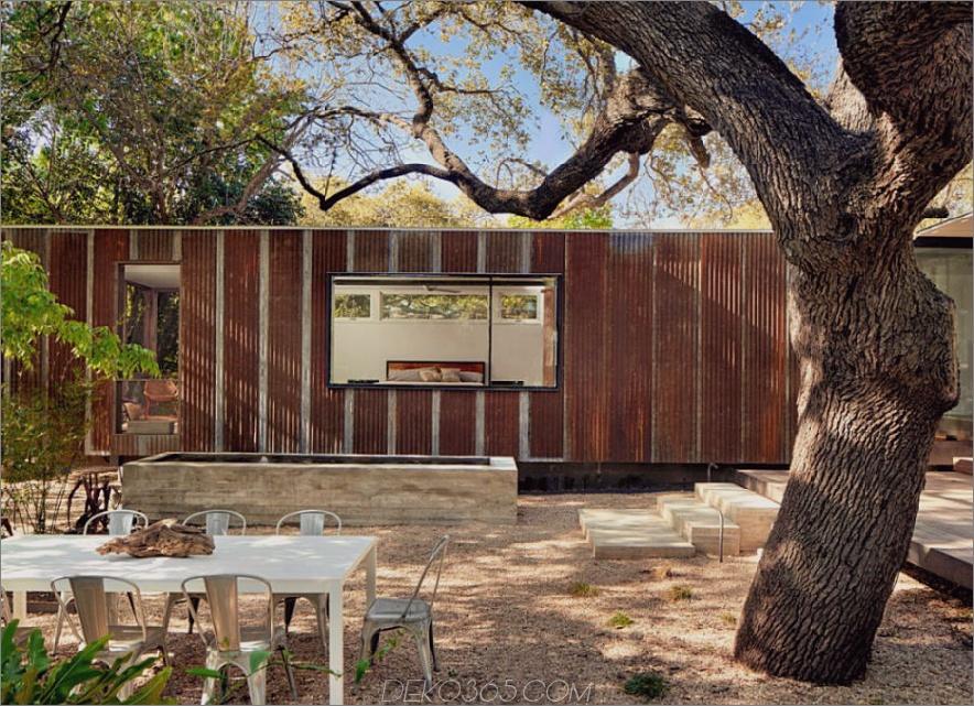 Hinterhof mit Esstisch und LeanToo Erweiterung 900x652 Zeitgenössische Erweiterungen, die so gut wie Häuser sind