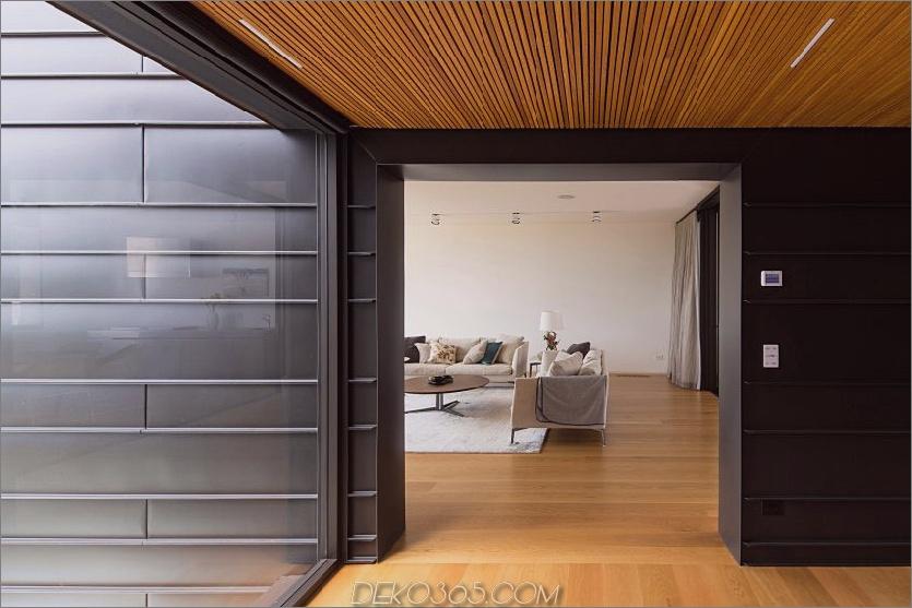 Die Innenräume sind mit Holzböden ausgestattet