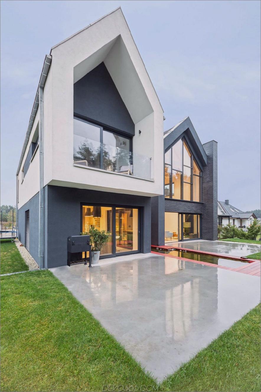 Große Dachrahmen sind kennzeichnend für die zeitgenössische Architektur 900x1350 Contemporary Family Home in Polen. Geben Sie Ihre Ideen