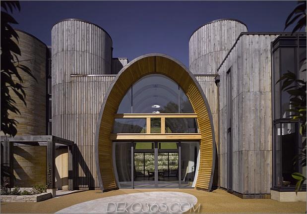 Modernes Landhaus mit ovalem Eingang und Innenverglasung 1 thumb 630x439 23600 Modernes Landhaus mit ovalem Eingang und Innenverglasung