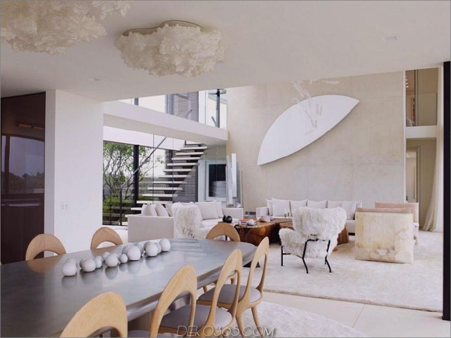 Wohnzimmer fließt natürlich in einen luxuriösen Essbereich