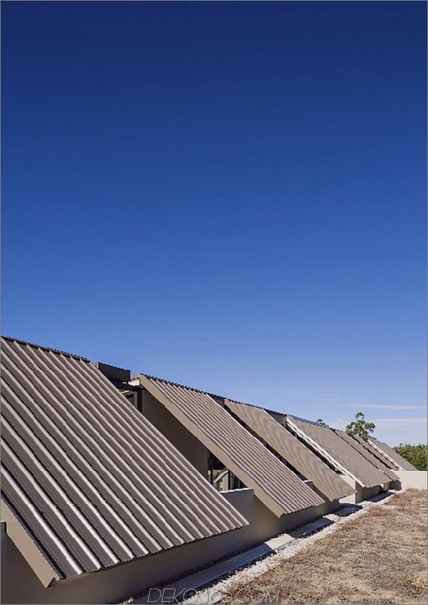 Zelt-Haus-mit-Gefrierschrank-Fly-Dach-Campy-Beton-Interieurs-4.jpg