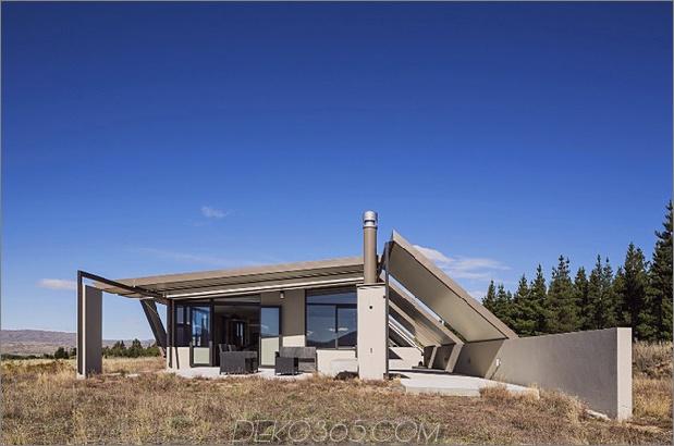Zelt-Haus-mit-Gefrier-Fly-Dach-Campy-Beton-Interieurs-13.jpg
