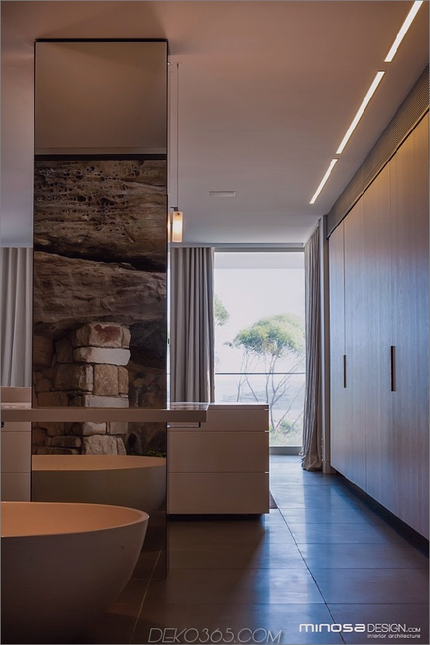 zen-master-suite-outdoor-views-both-end-13-closet.jpg