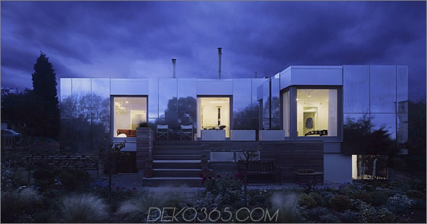 nachhaltig-Zero-Carbon-Haus-mit-unsichtbar-reflektierend-aussen-14.jpg