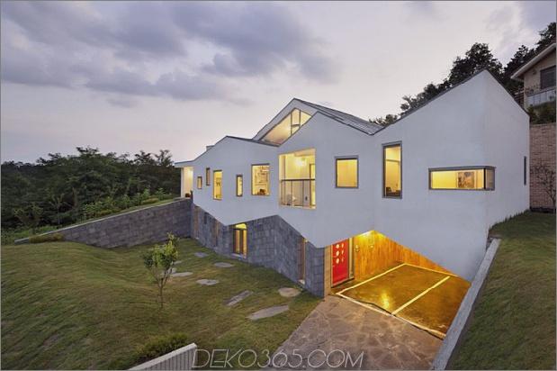 Zick-Zack-Haus mit Panoramablick und einer Rutsche im Inneren 1 thumb 630x419 11103 Zick-Zack-Haus mit Panoramablick und einer Rutsche im Inneren
