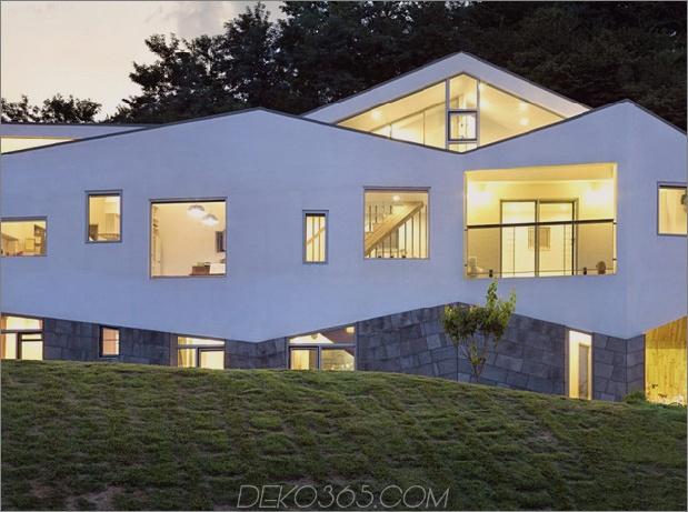 Zick-Zack-Haus-mit-Panoramablick-und-eine-Folie-innen-4.jpg